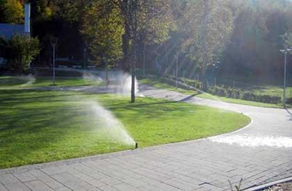 1b Navodnjavanje parka sa prskalicama Rainbird