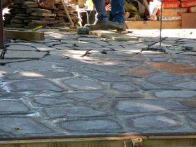 2a Popločenje Porfido kamenim pločama postavljenima na betonsku podlogu i fugiranima