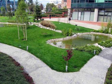 Hortikulturno uređen park centra Green gold u Zagrebu